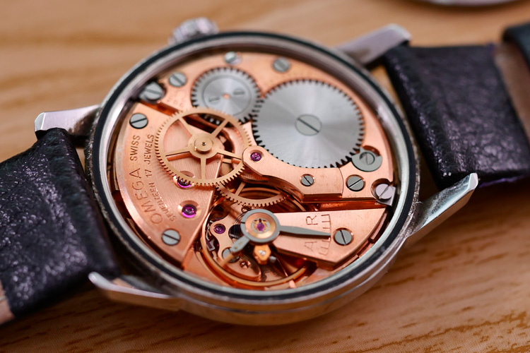 The mechanism of Omega classic luxury watch